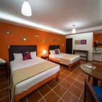 Estudio-Puerto-Vallarta-Zona-Romantica-Hotel-Gay-La-Iguana-Vallarta